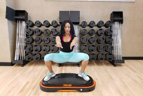 terracore ejercicio en casa plancha de sumo